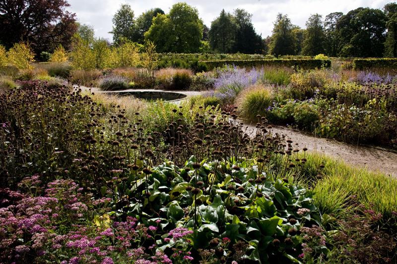 Ogród w Scampston zaprojektowany przez Pieta Oudolfa