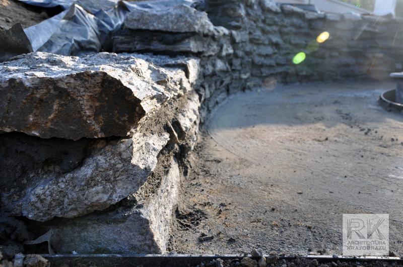 murek-oporowy-z-kamienia